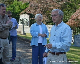 President Brennie Holloman and guide Bruce Miller at Oakwood Cemetery Tour--Sept. 2016